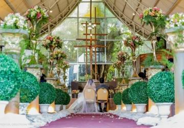 Ang & Escobia - Golden Star Flower Shop - Wedding Decorator in Davao